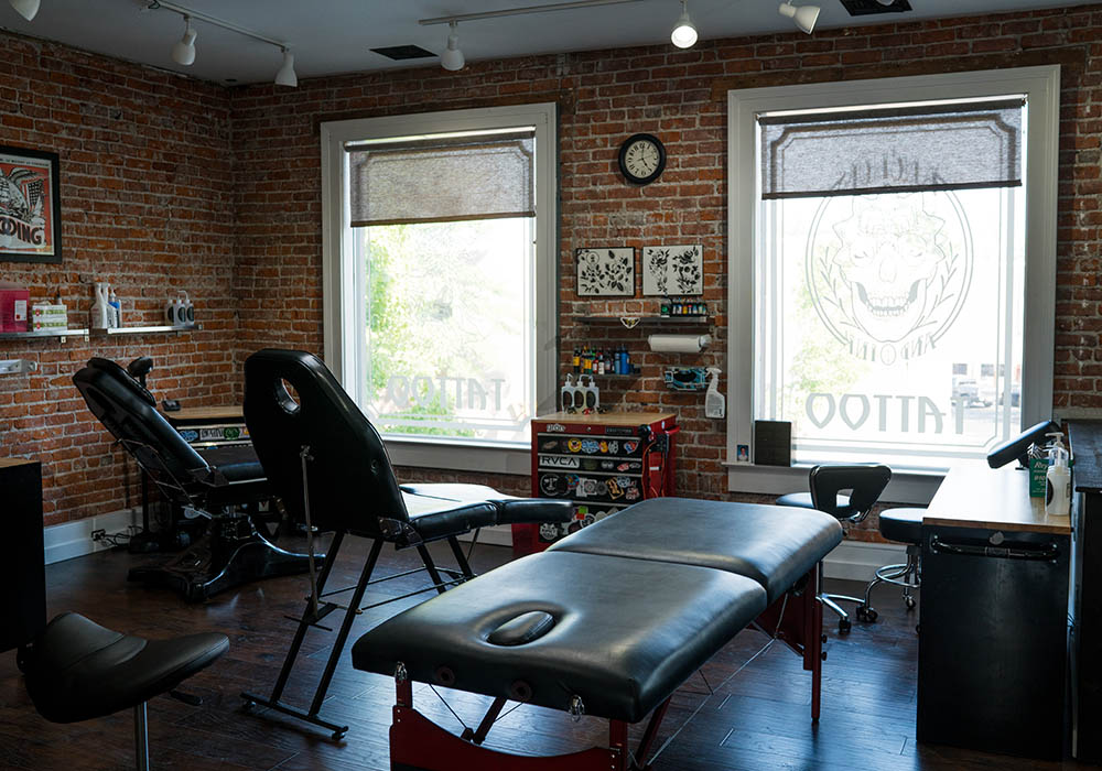 tattoo studio downtown bend oregon